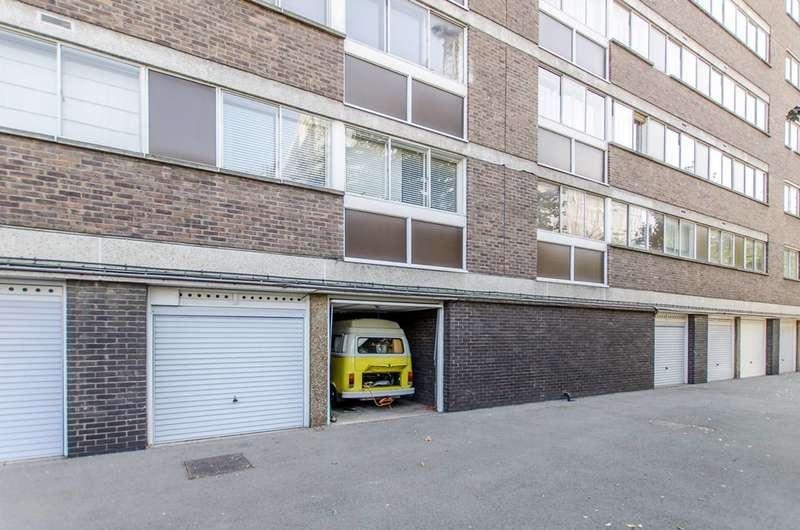 Garages Garage / Parking for sale in Warwick Gardens, Kensington, W14