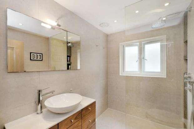 3 Bedrooms Terraced House for sale in Billing Street, Chelsea, London, SW10