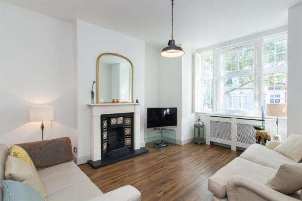 2 Bedrooms Apartment Flat for sale in Tamworth Street, London, SW6
