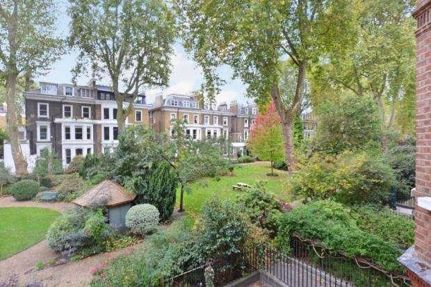 2 Bedrooms Apartment Flat for sale in Harrington Gardens, London, SW7