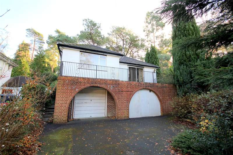 2 Bedrooms Detached Bungalow for sale in Links Road, Lower Parkstone, Poole, Dorset, BH14