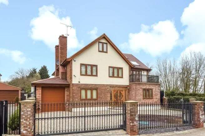 6 Bedrooms Detached House for sale in Pudding Lane, Chigwell, Essex, IG7