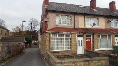 3 Bedrooms End Of Terrace House for sale in Bulay Road, Huddersfield, West Yorkshire