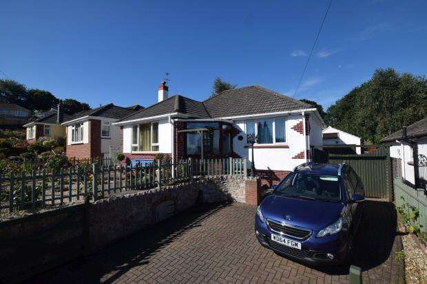 2 Bedrooms Detached Bungalow for sale in Whitley Road, Paignton, Devon