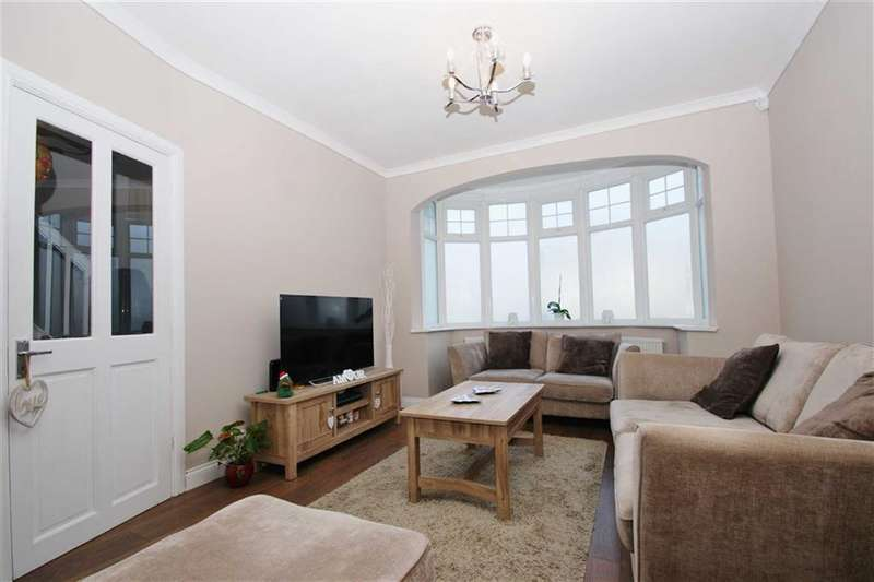 3 Bedrooms Property for sale in Cleveley Crescent, Ealing