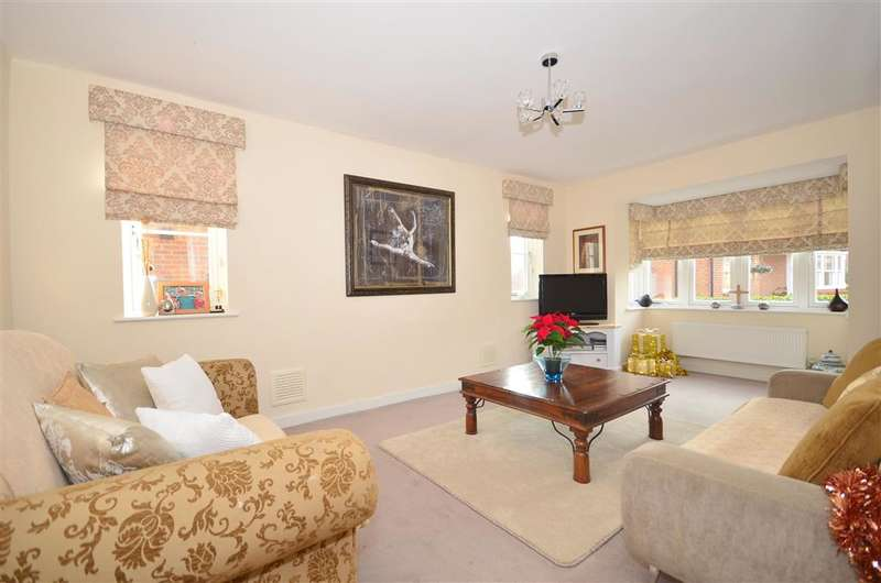4 Bedrooms Detached House for sale in Juziers Drive, East Hoathly, East Sussex