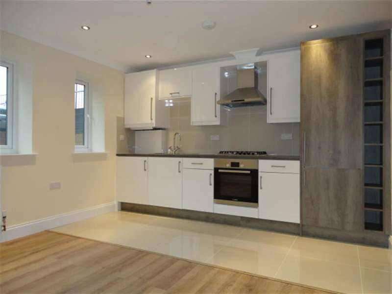 1 Bedroom Studio Flat for sale in Sapphire Court, 274-276 High Street, Slough, SL1 1NB