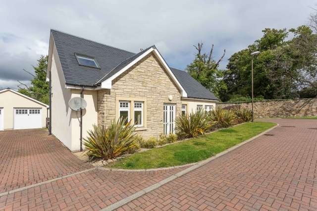 4 Bedrooms Detached House for sale in The Nursery, Lasswade, Midlothian, EH18 1BB