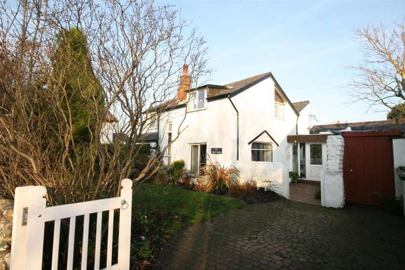 4 Bedrooms Property for sale in Leach Lane, Lytham St. Annes