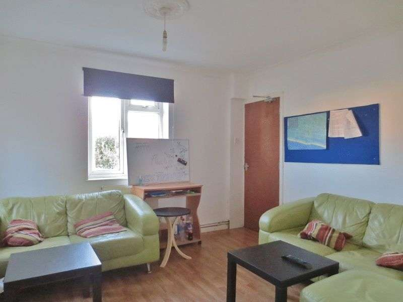 5 Bedrooms Semi Detached House for rent in The Avenue, Brighton