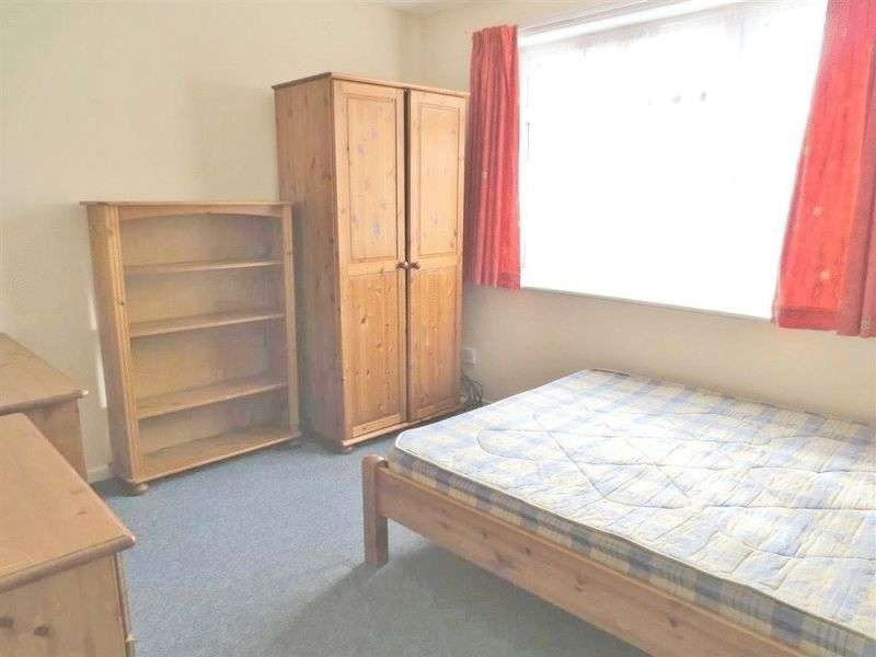 5 Bedrooms Terraced House for rent in Broadfields, Brighton