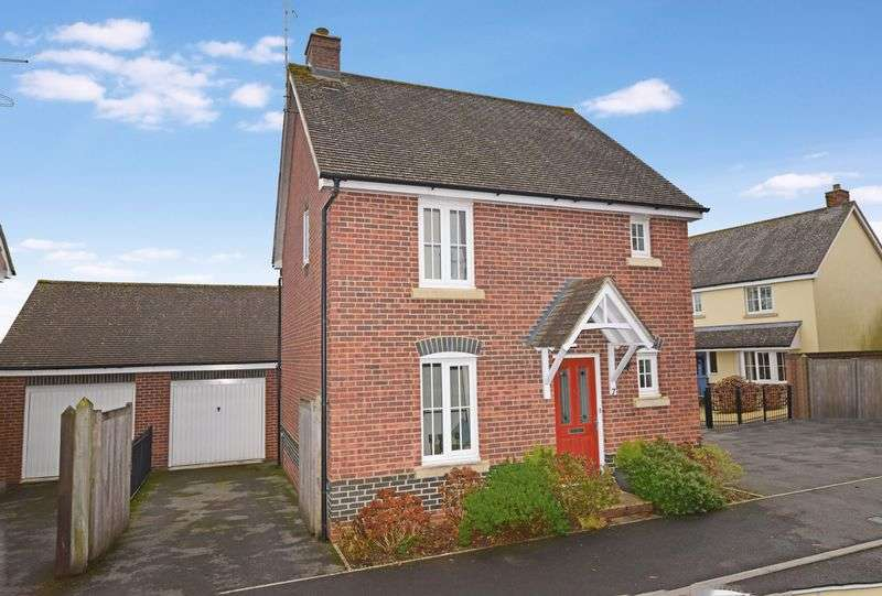 3 Bedrooms Detached House for sale in Kenelm Close, Sherborne, Dorset