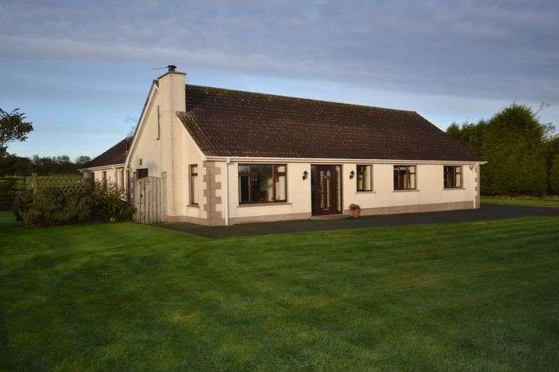 5 Bedrooms Detached Bungalow for sale in Paisleys Road, Carrickfergus