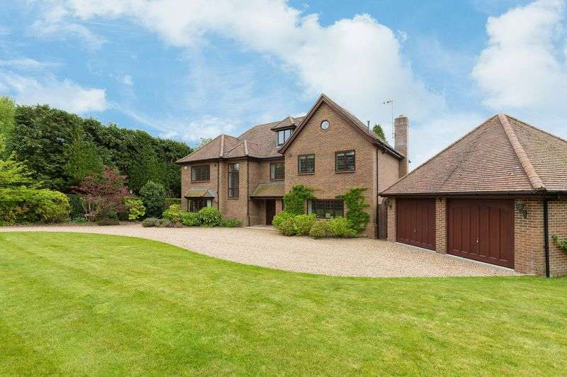 6 Bedrooms Detached House for sale in Manor Road, Penn