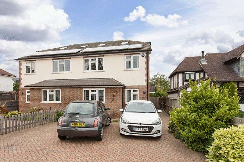 5 Bedrooms Semi Detached House for sale in Southborough Lane, Bromley/Petts Wood Borders