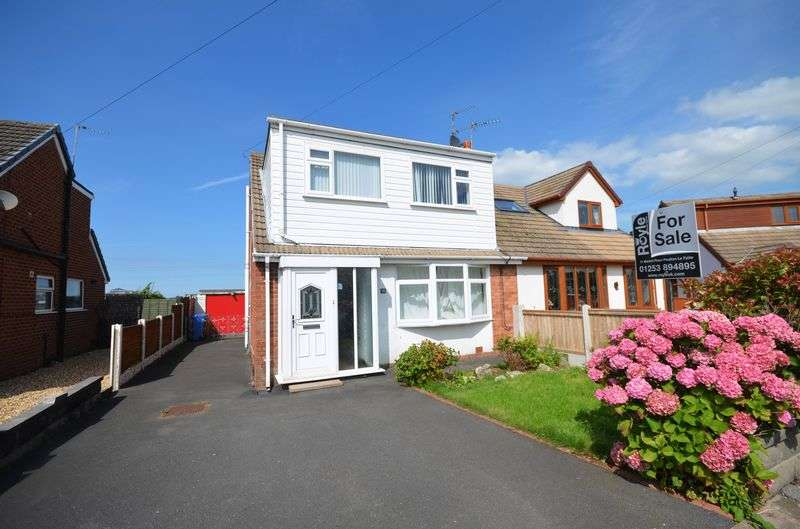 3 Bedrooms Semi Detached Bungalow for sale in 52 Winchester Drive, Carleton Lancs FY6 7PS