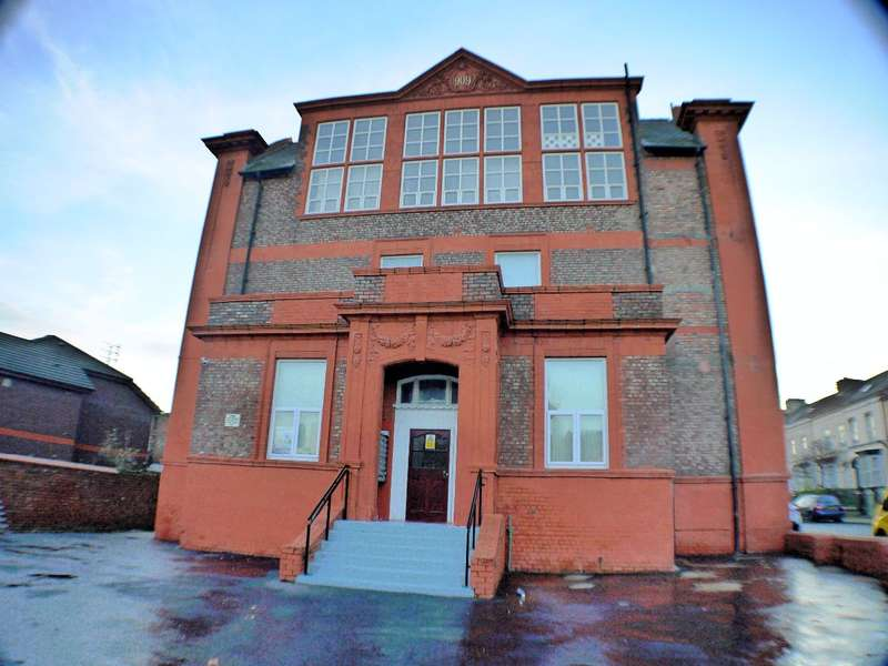 2 Bedrooms Apartment Flat for sale in Wellington Street, Garston, L19