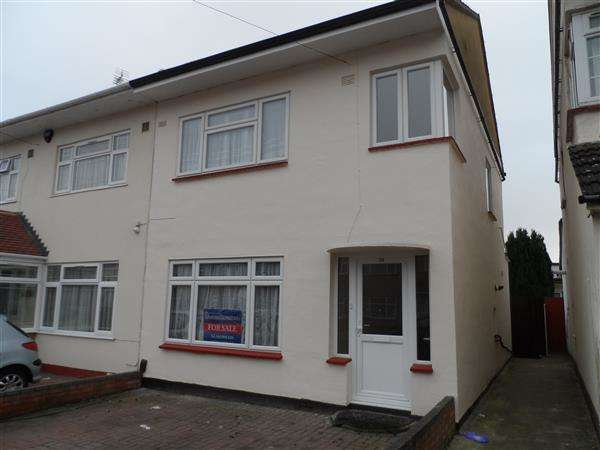 3 Bedrooms Semi Detached House for sale in GLEDWOOD GARDENS, Hayes