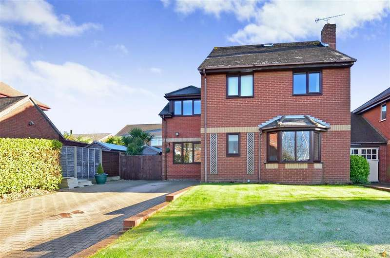 4 Bedrooms Detached House for sale in Old Swanwick Lane, Lower Swanwick, Southampton, Hampshire