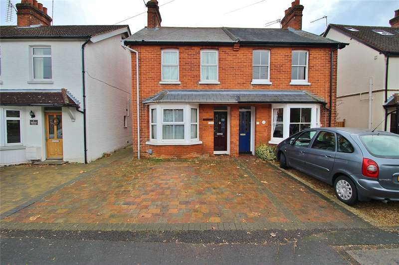 3 Bedrooms Semi Detached House for sale in Saxon Villas, South Road, Horsell, Surrey, GU21