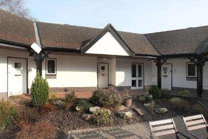 1 Bedroom Retirement Property for sale in Prestbury Park, Collar House Drive, Prestbury, Macclesfield