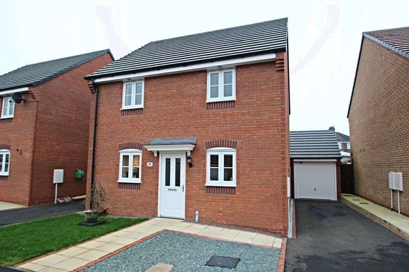 3 Bedrooms Detached House for sale in Lamphouse Way, Wolstanton
