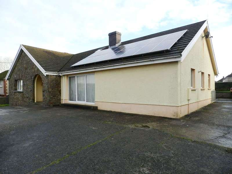 5 Bedrooms Detached Bungalow for sale in Pembroke Road, Haverfordwest, Pembrokeshire