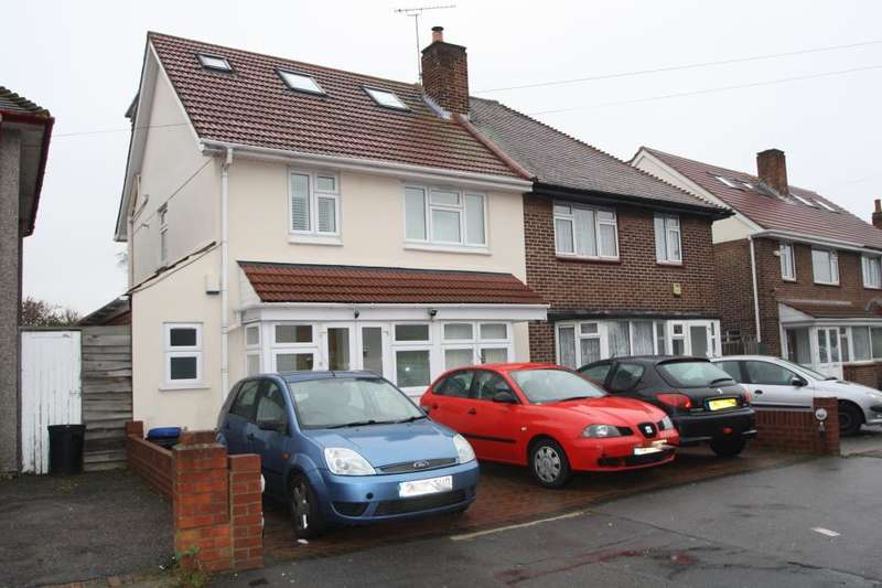 4 Bedrooms Semi Detached House for sale in LEYSWOOD DRIVE, NEWBURY PARK