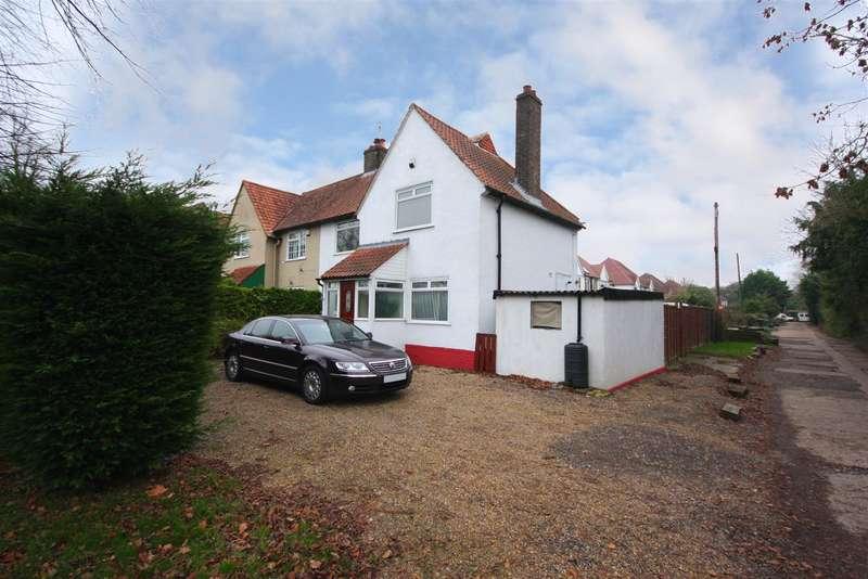 3 Bedrooms Property for sale in Beechwood Villas, Salfords