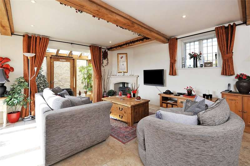 2 Bedrooms Semi Detached House for sale in Pickwick, Corsham, Wiltshire, SN13