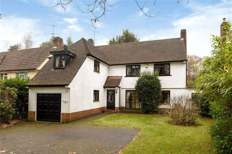 4 Bedrooms Detached House for sale in Heatherdale Road, Camberley, Surrey, GU15
