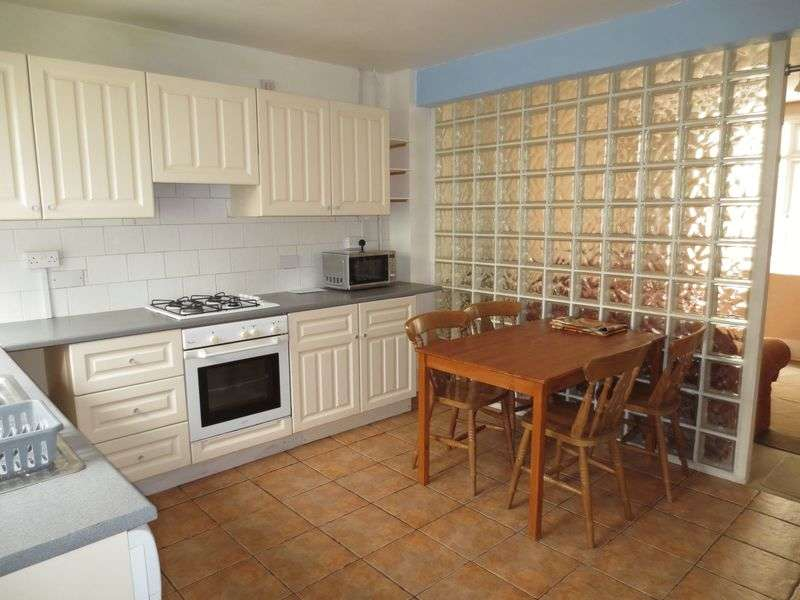 4 Bedrooms Terraced House for rent in Hanover Terrace, Brighton