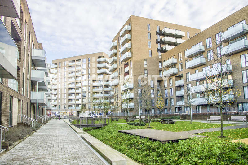 1 Bedroom Flat for sale in Aberfeldy Village, East India Dock Road, Poplar