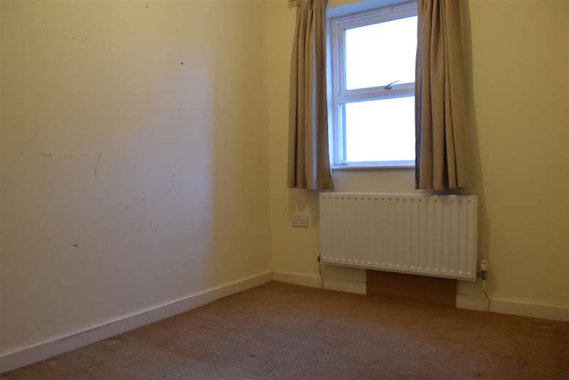 2 Bedrooms Terraced House for sale in Bleaches Court, Midhurst Road, Lavant, Chichester, West Sussex