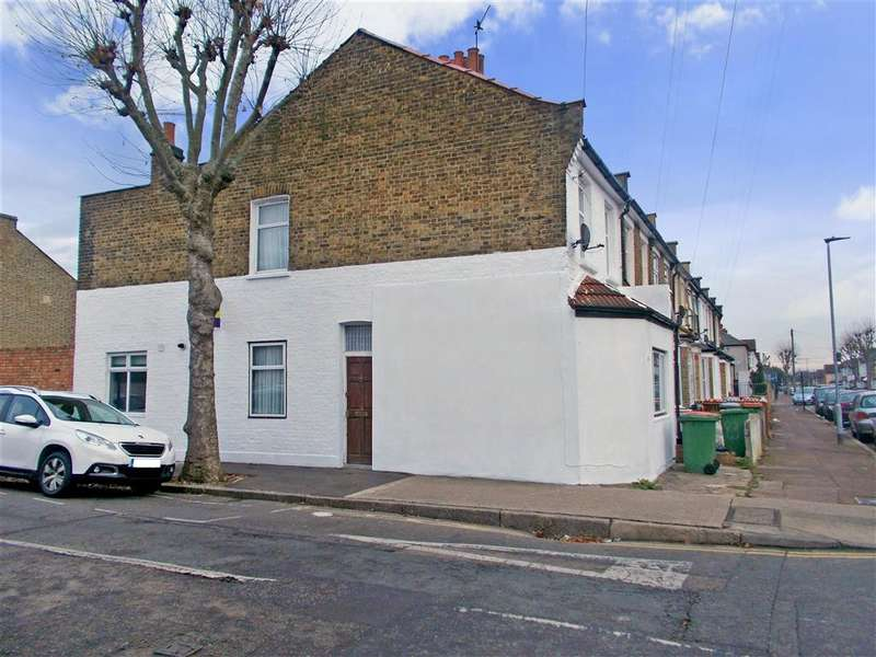 4 Bedrooms Terraced House for sale in Market Street, East Ham, London
