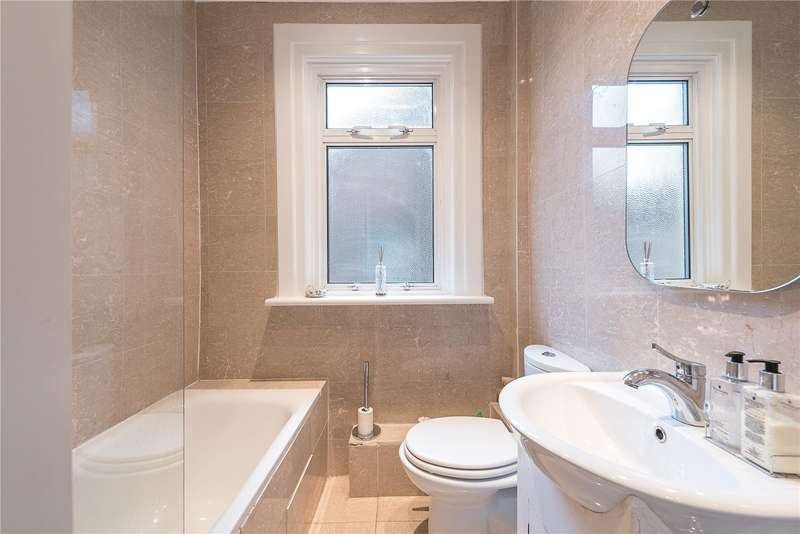 4 Bedrooms Flat for sale in Greenham Road, Muswell Hill, London, N10