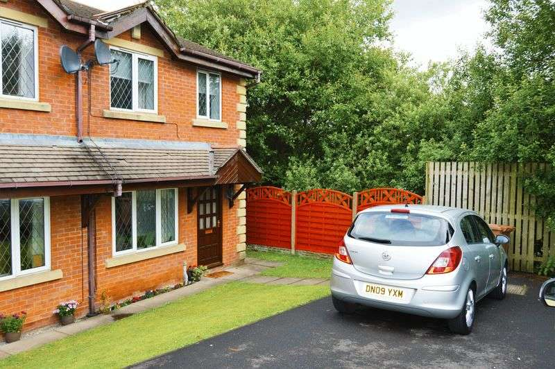 2 Bedrooms Semi Detached House for sale in Margroy Close, Rochdale