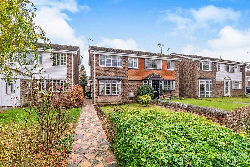 2 Bedrooms Semi Detached House for sale in Herdsdown, Hoo, Rochester, ME3