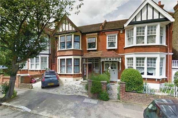 4 Bedrooms Semi Detached House for sale in Woodlands Avenue, London