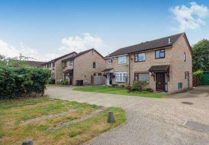 3 Bedrooms Semi Detached House for sale in Poole