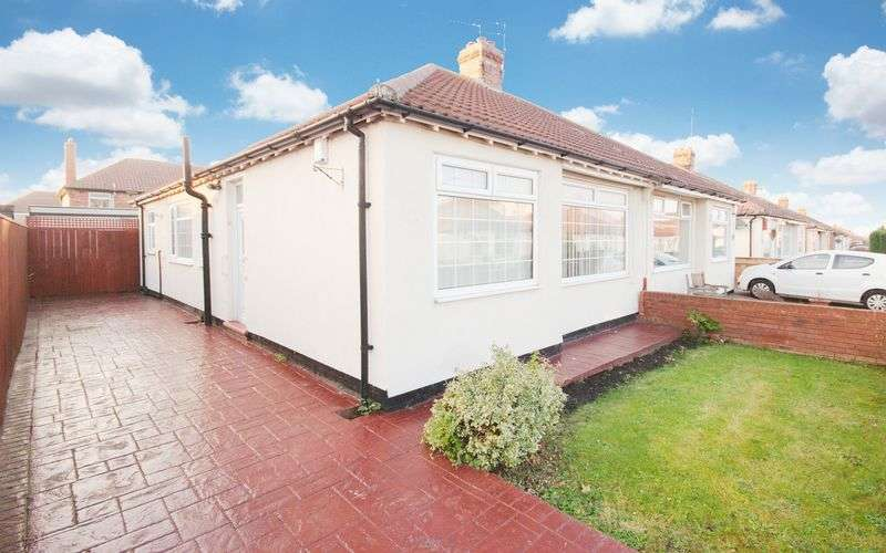 2 Bedrooms Semi Detached Bungalow for sale in Bournemouth Avenue, Ormesby, Middlesbrough, TS3 0NH