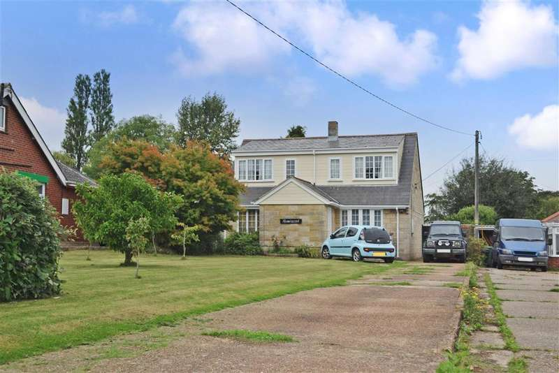 3 Bedrooms Detached House for sale in East Cowes Road, Whippingham, Isle of Wight