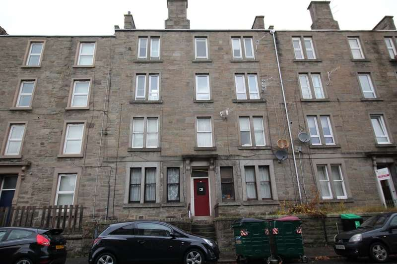 4 Bedrooms Flat for sale in Cleghorn Street, Dundee, DD2