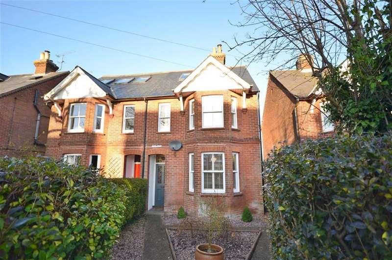 4 Bedrooms Property for sale in Ridgway Road, Farnham