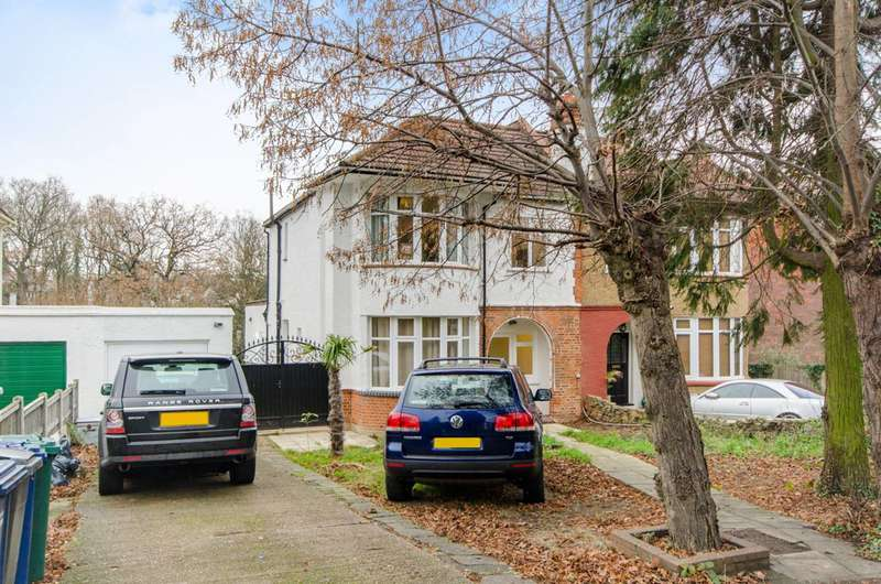 4 Bedrooms Semi Detached House for sale in Torrington Park, North Finchley, N12