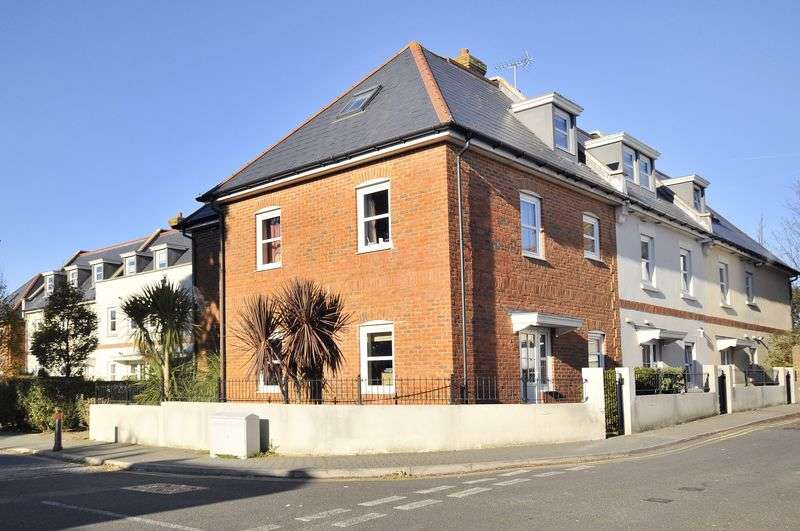 2 Bedrooms Flat for sale in Orme Road, Worthing