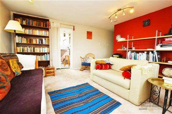 2 Bedrooms Apartment Flat for sale in Percy Gardens, Isleworth