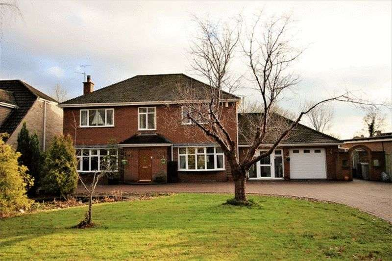4 Bedrooms Detached House for sale in Tor O Moor Road, Woodhall Spa