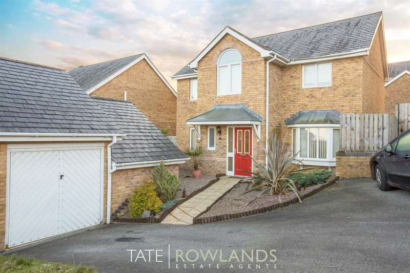 4 Bedrooms Detached House for sale in Yr Aber, Holywell