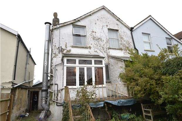 3 Bedrooms Maisonette Flat for sale in Gloucester Road, Bishopston, BRISTOL, BS7 8NR